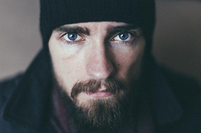 Come scegliere la barba giusta per la forma del viso